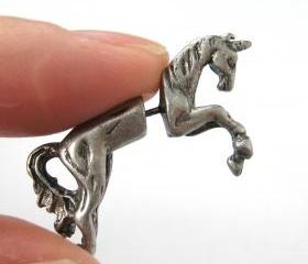 Fake Gauge Realistic Horse Unicorn Animal 3D Plug Stud Earrings in Silver