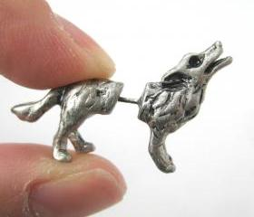 Fake Gauge Realistic Wolf Dog Animal 3D Plug Stud Earrings in Silver