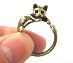 Lazy Kitty Cat Animal Pet Wrap Around Hug Ring in Brass Sizes 4 to 9 