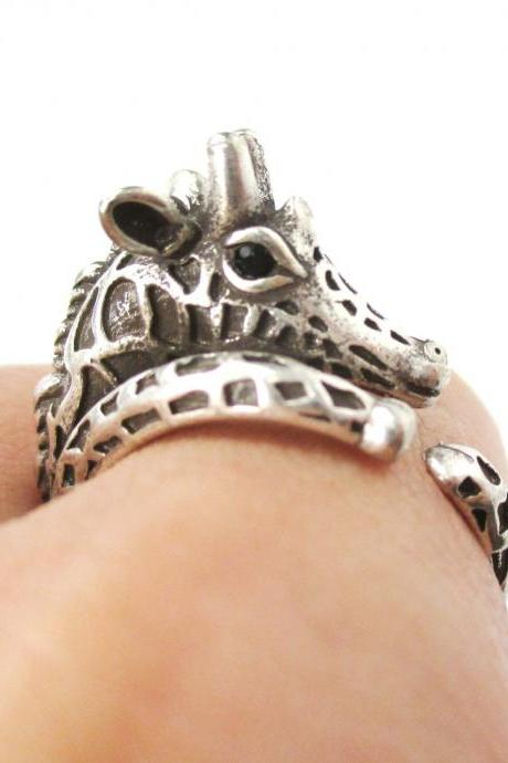 Realistic Giraffe With Animal Pattern Animal Wrap Around Hug Ring in Silver - Sizes 4 to 8.5