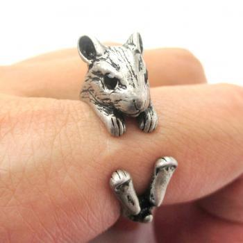 3D Miniature Guinea Pig Hamster Animal Wrap Hug Ring in Silver - US Size 4 to 8.5